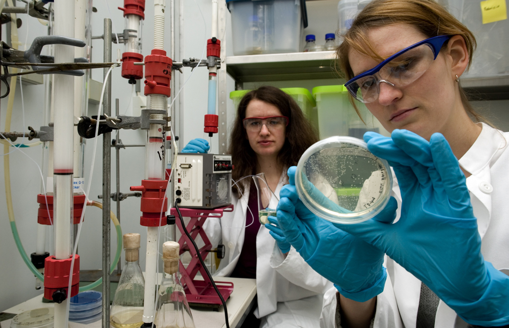 Two female researchers in a lab